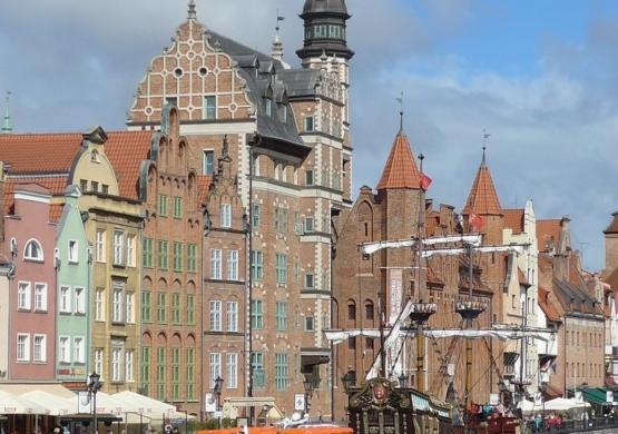Segway-Tours-Gdansk-orange-main-city-1920x540